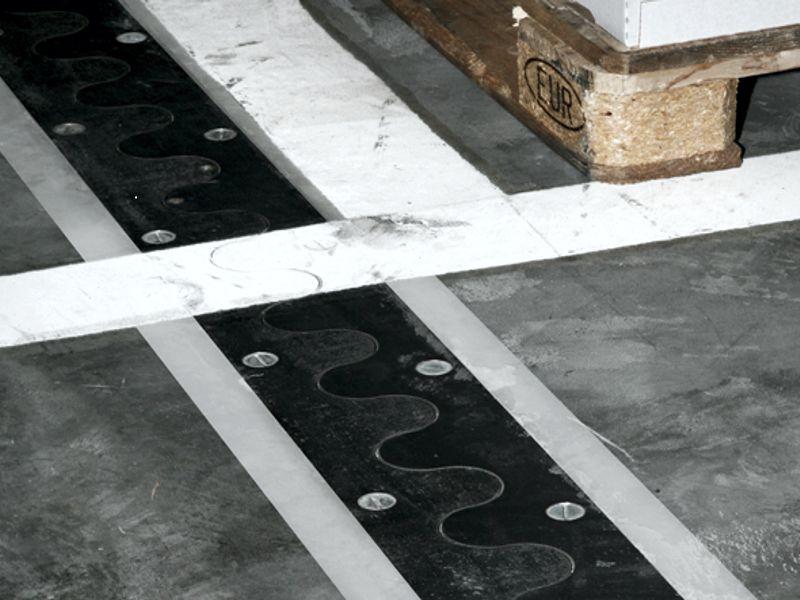PRO+XTREME Sanierung | Fugensanierung von Betonböden